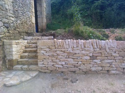 Mur pierre sèche et escalier maçonné Saint Germain de Belvès